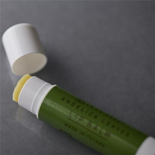Angelica leaf lip balm 4g